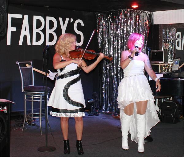 01-600-Fabbys-Caro-mars-2016