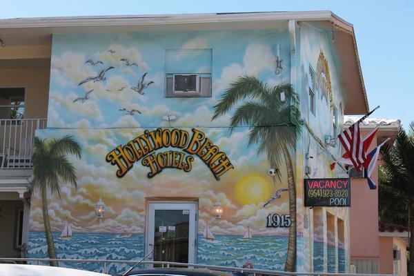 hollywood-beach-5