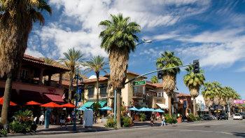 AYEMJ6 Palm Springs California downtown