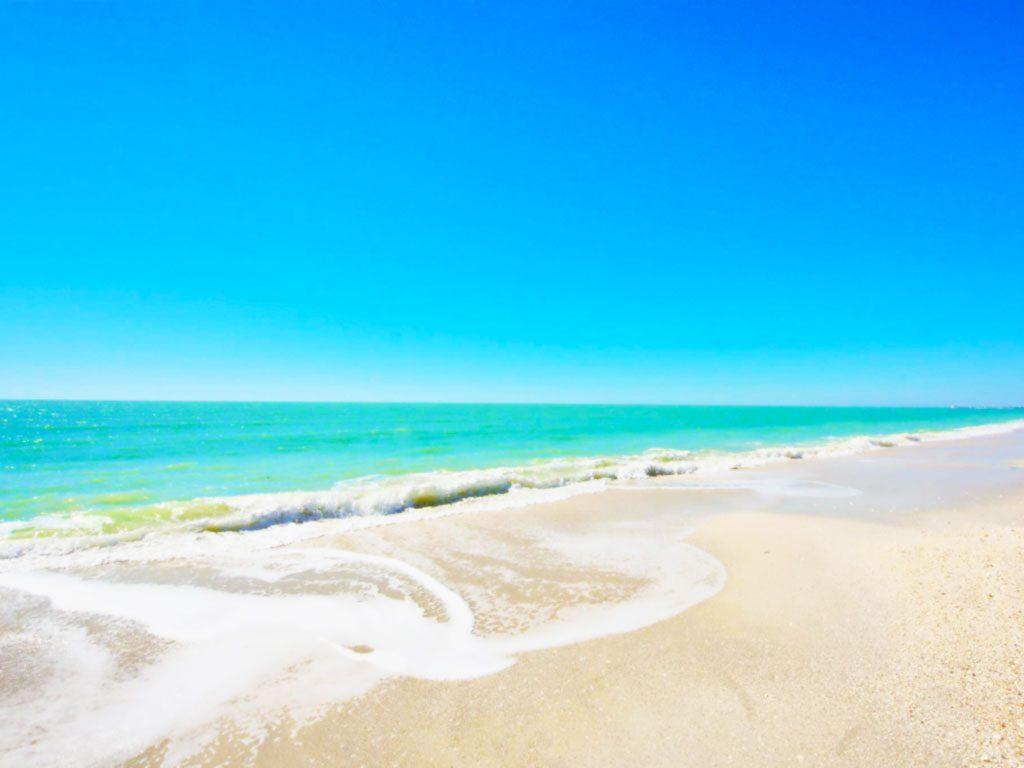 barefoot_beach_2
